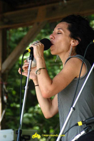 Phila Folk Fest- Sat 8-27 042 Bethany & Rufus.JPG