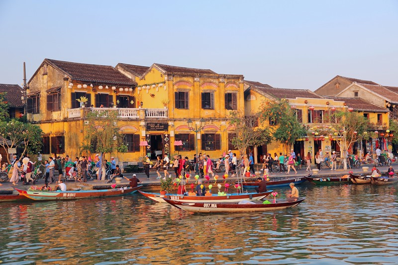 Traditional buildings along the banks of Thu Bon River - Hoi An