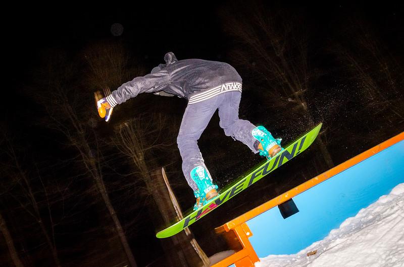 Nighttime-Rail-Jam_Snow-Trails-93.jpg