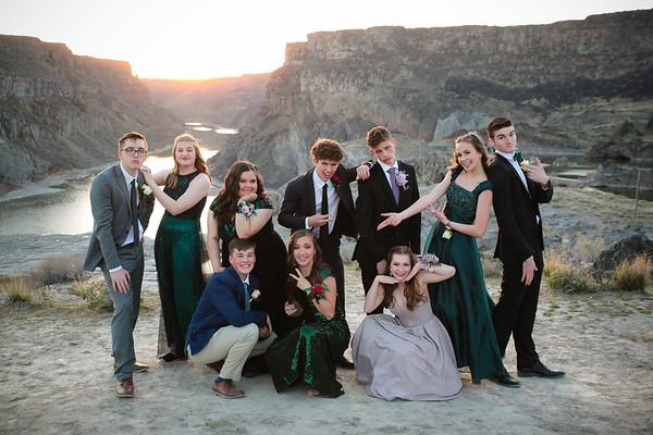 TFHS Prom 2021 - Group 2