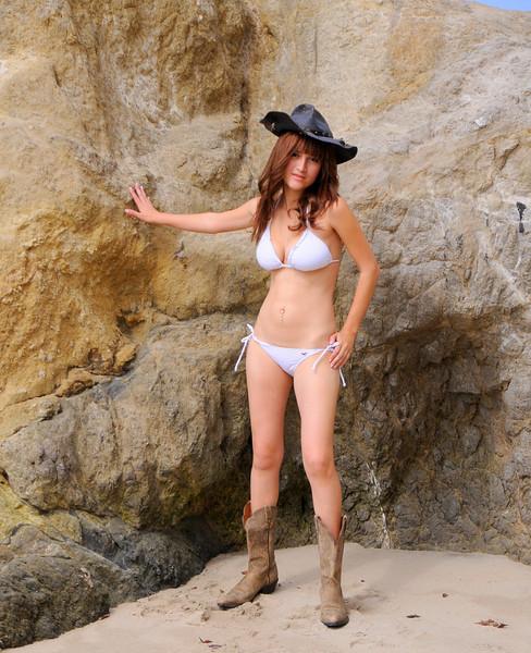 swimsuit model beautfiful woman malibu 378.09..