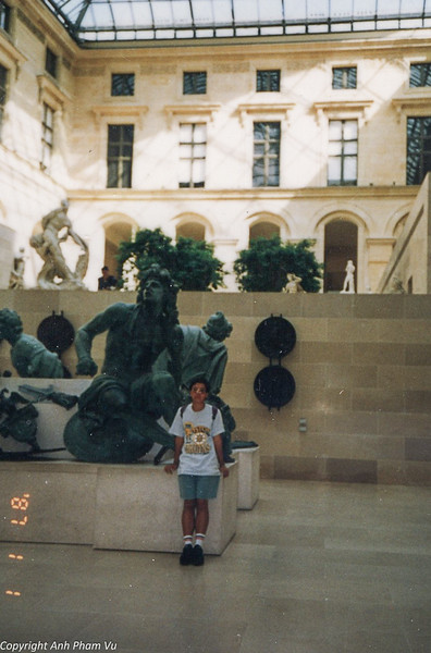 Paris 90s 026.jpg