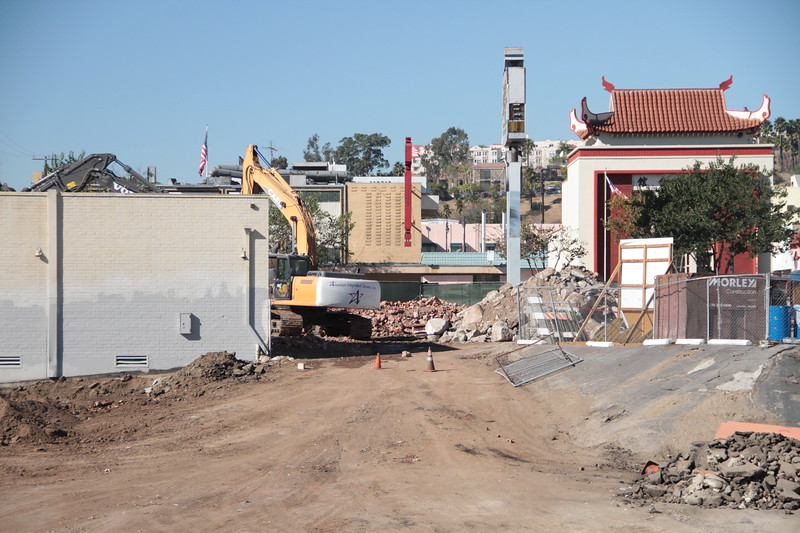 2014-01-14_LittleJoes_Demolition_9991.JPG