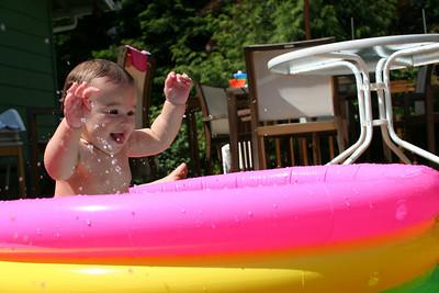 "Leela's First ""Swim"""