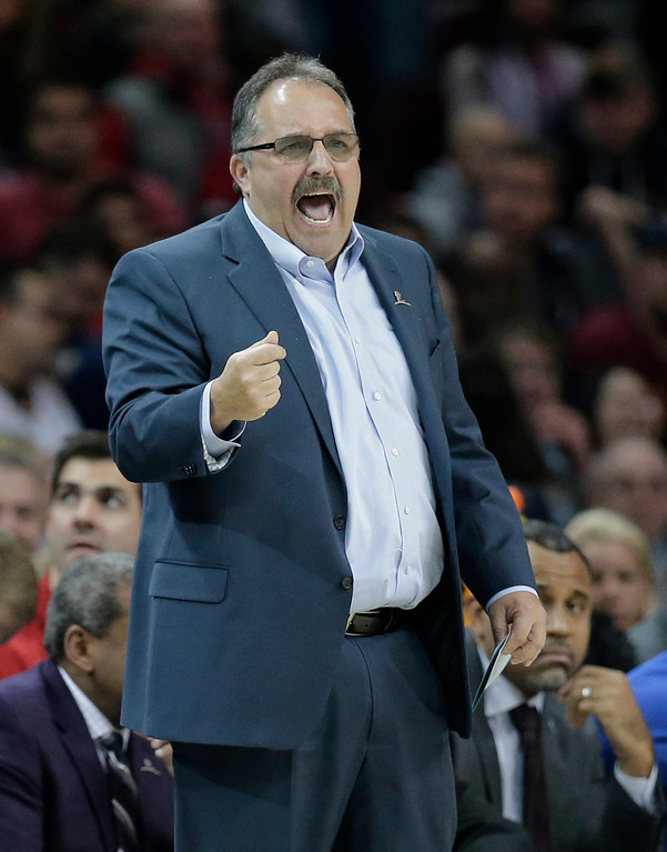 . Detroit Pistons head coach Stan Van Gundy yells instructions to players in the first half of an NBA basketball game against the Cleveland Cavaliers, Tuesday, March 14, 2017, in Cleveland. The Cavaliers won 128-96. (AP Photo/Tony Dejak)