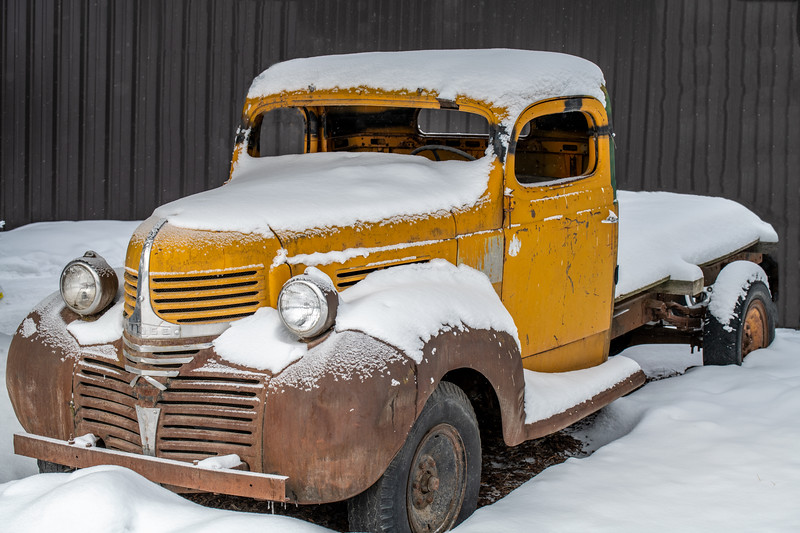 truck in snow.jpg