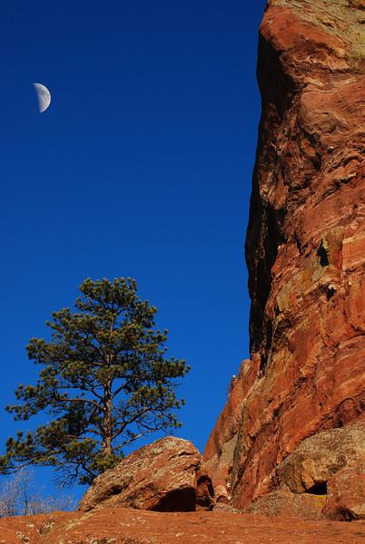 RedRock Moon.jpg