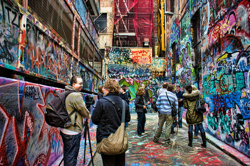 Graffiti and photographers - Melbourne photo walk