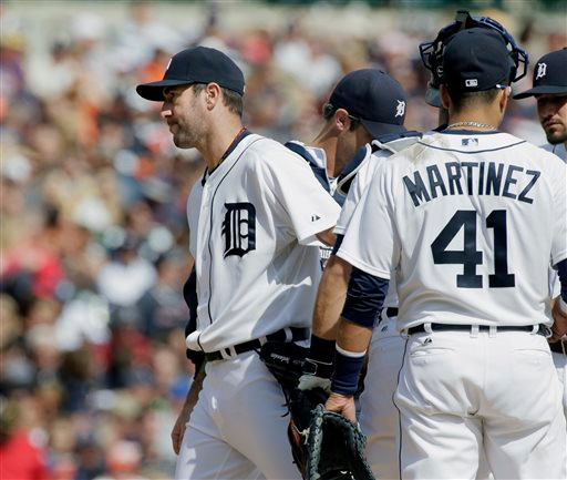 . Detroit Tigers pitcher Justin Verlander is pulled by manager Brad Ausmus during the sixth inning of a baseball game against the Cleveland Indians, Sunday, Sept. 14, 2014, in Detroit. (AP Photo/Duane Burleson)