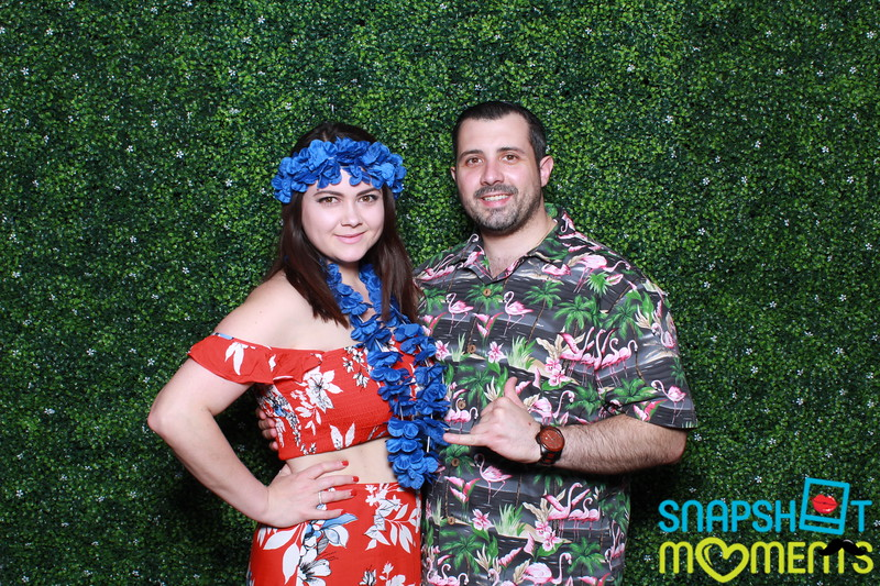 03-30-2019 - Karen and Natasha's Aloha 40th Birthday Bash_016.JPG