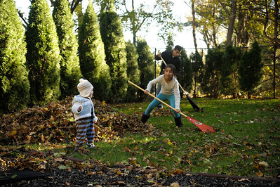 2012.11.04 - Leafy Fun at the Torres'