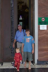 Opa Erich auf Besuch in Brunei