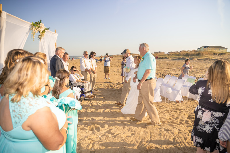 VBWC KWOO 09212019 Wedding Image #64 (C) Robert Hamm.jpg
