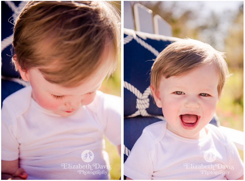 candid toddler and family photos | backyard toddler photo session with little boy eating popsicle | Tallahassee | Elizabeth Davis Photography