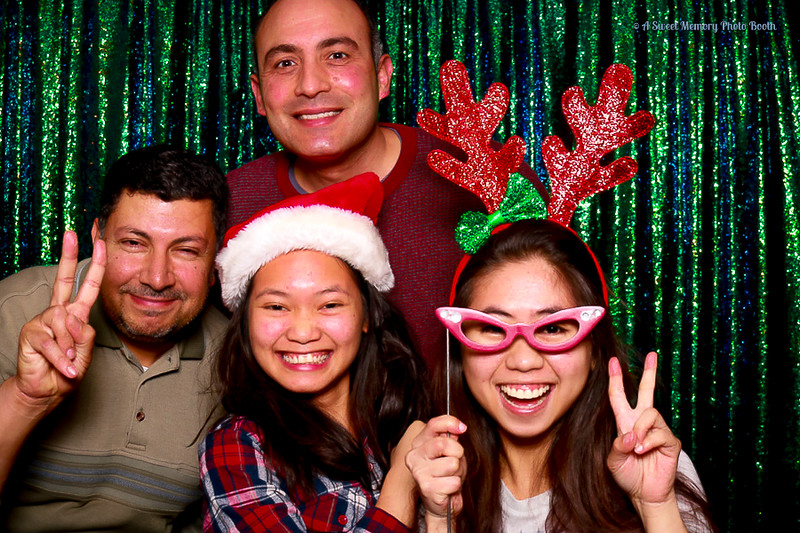 Medtronic Holiday Party -346.jpg