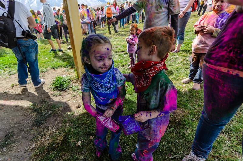 Festival-of-colors-20140329-107.jpg