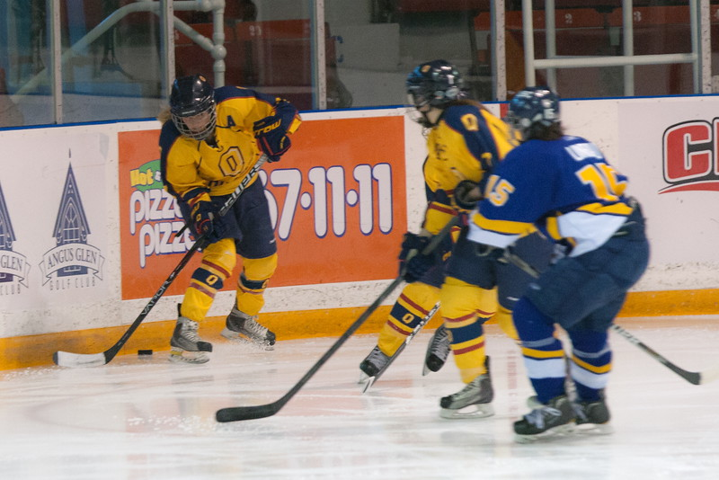 20130310 QWHockeyvsUBC 341.jpg