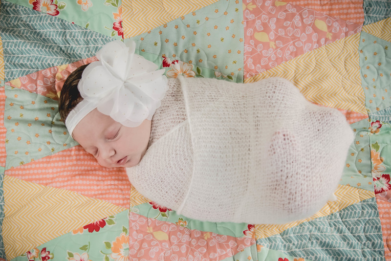 Haylee newborn session-2.jpg