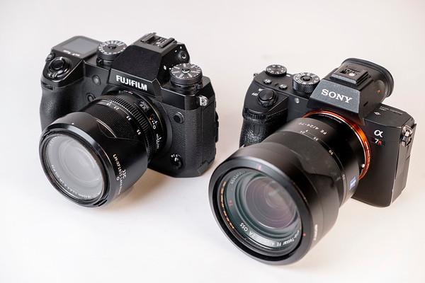 Mid-Range Zoom Lenses