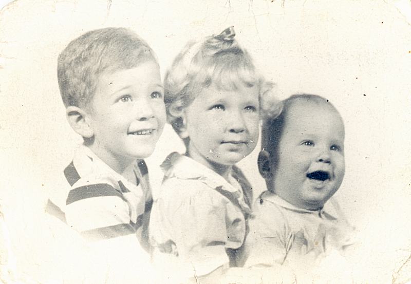 1949 John, Sue & Greg Ricca.jpg