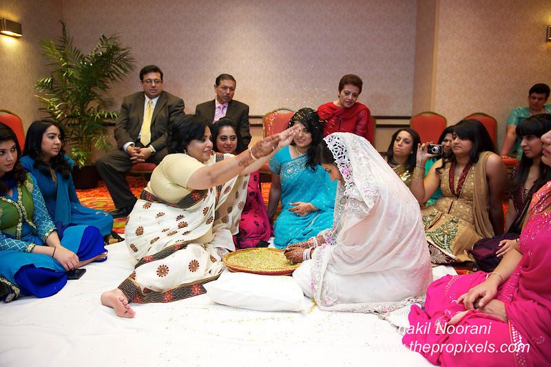 Naziya-Wedding-2013-06-08-01923.JPG