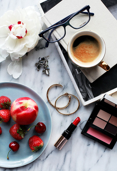 Creative-Space-Artists-photo-agency-photo-rep-food-stylist-diana-yen-BobbiBrown_BeautyBook2.jpg