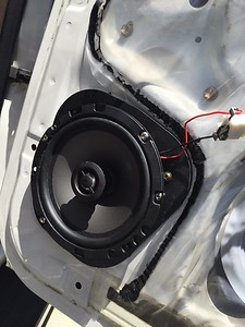 2000 Toyota 4Runner Rear Door Speaker Installation - USA