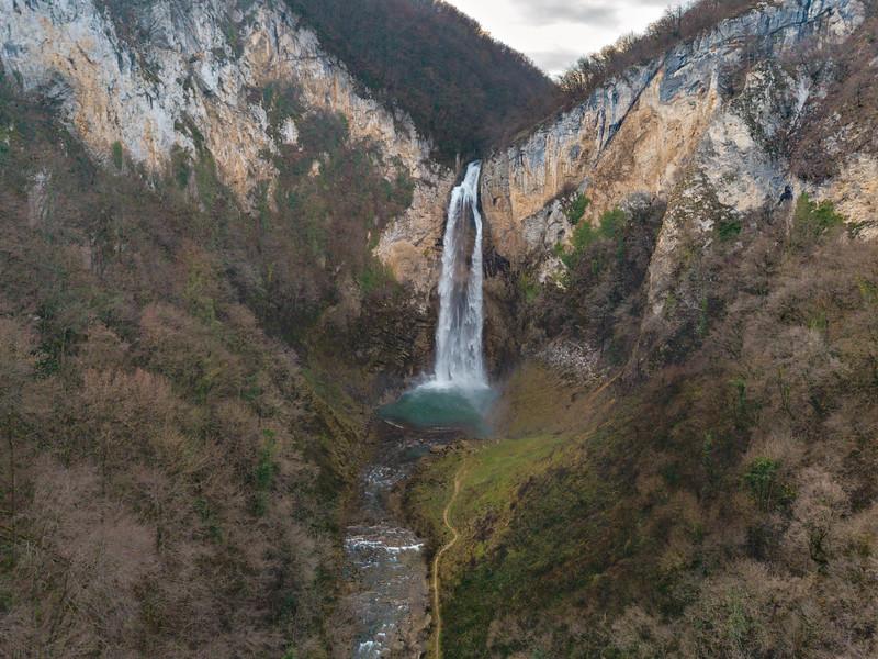 Bliha Waterfall (14).jpg