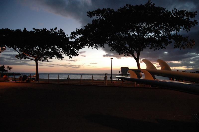 Hawaii - Ala Moana Beach Sunset-209.JPG