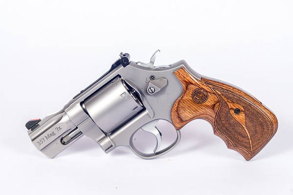 Smith and Wesson 686 Performance Center