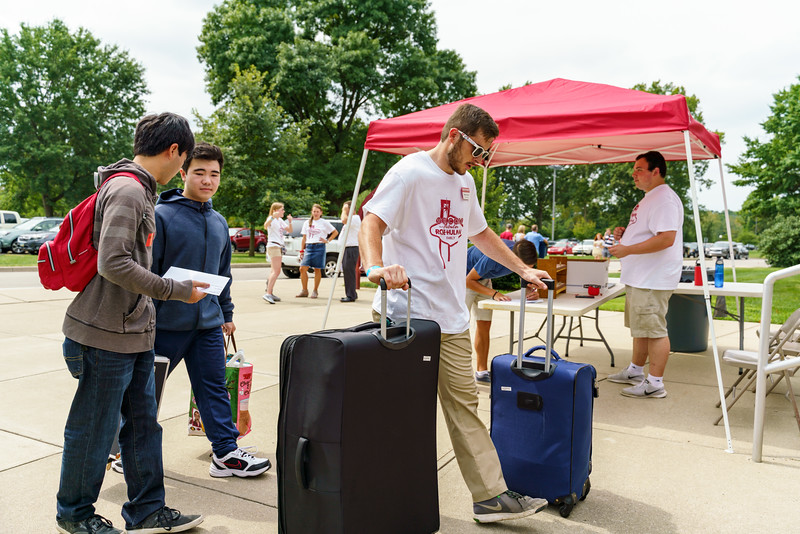 RHIT_Freshman_Move_In_Day_2019-8650.jpg