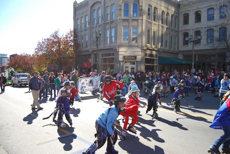 Parade 1130.jpg
