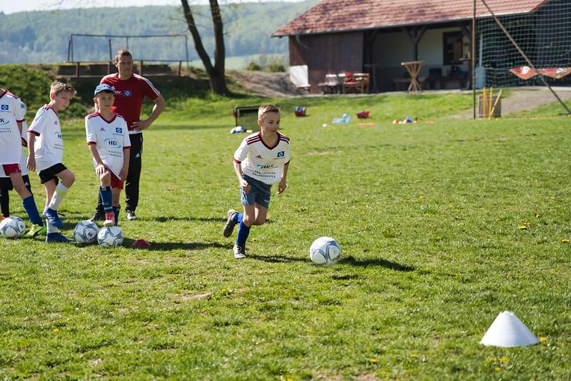 hsv-fussballschule---wochendendcamp-hannm-am-22-und-23042019-y-4_40764457963_o.jpg