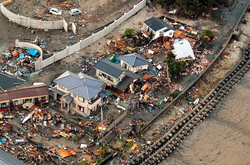JapanEarthquake2011-17.jpg