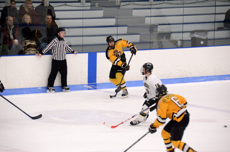150103 Jr. Bruins vs. Providence Capitals-095.JPG