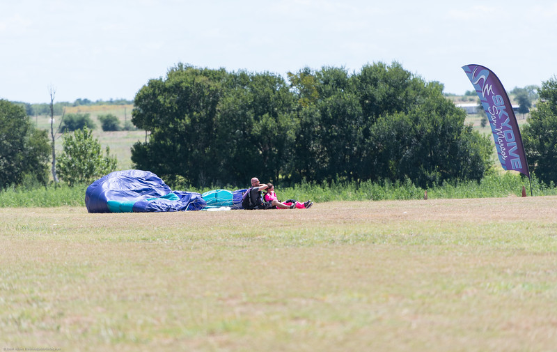 SkydivingEdited-20.jpg