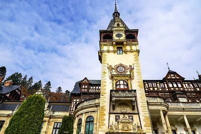 ROMANIA, A small trip to Peles Castle, Brasov, Sighisoara, Sibiu, Bucharest