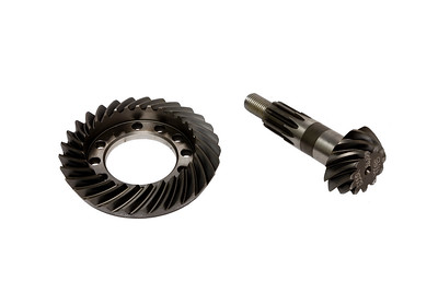 NEWAGE AXLE CROWN WHEEL AND PINION 29/11 RATIO