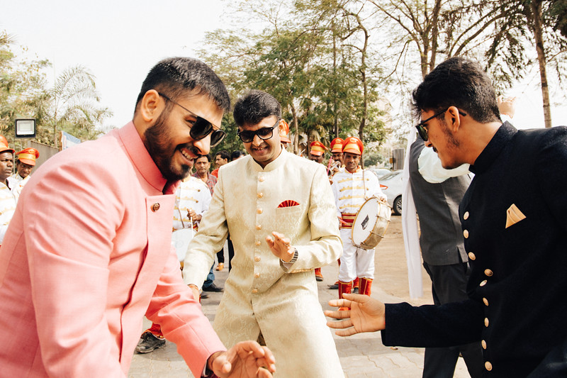Poojan + Aneri - Wedding Day EOSR Card 1-0376.jpg