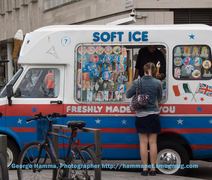 Ice cream near London Eye