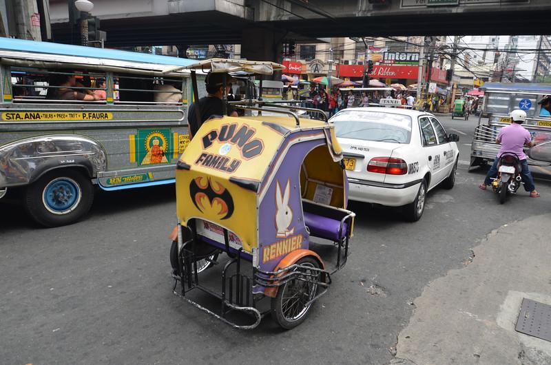 DSC_6341-tricycle-in-traffic.JPG