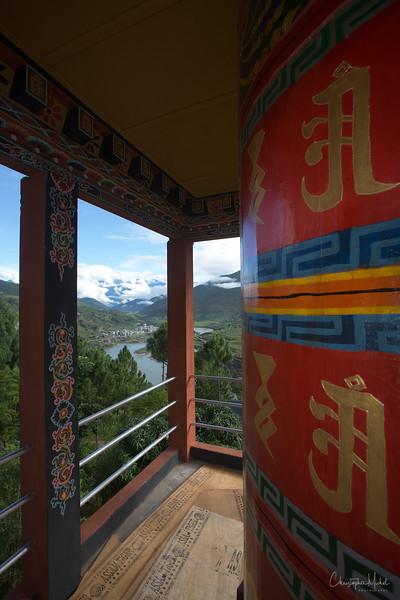punakha-dzong_chorten-nebu_20120917_8134.jpg