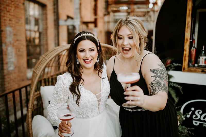 Real Wedding Cover Shoot 01-1395.jpg