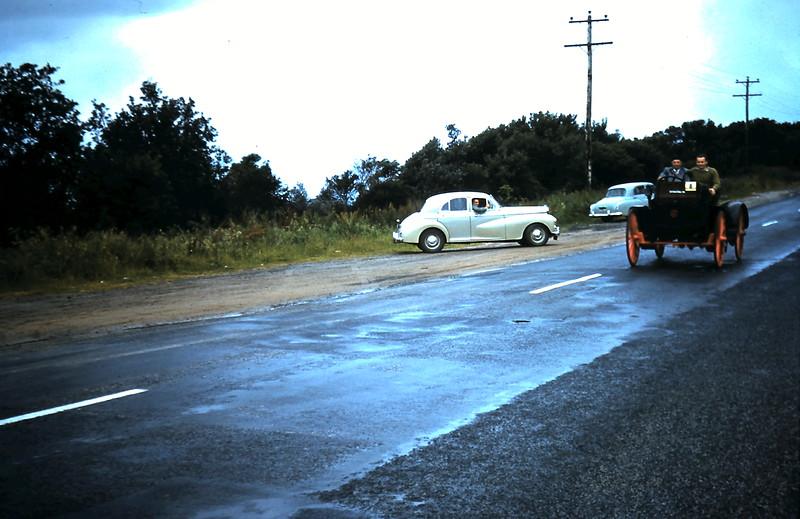 1960-11-12 (18) Veteran cars @ Mount Martha.JPG