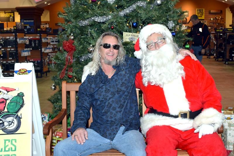 2016 Santa Visits J&P Cycles (86).JPG