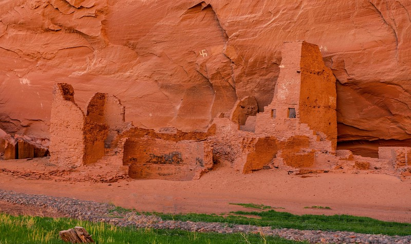 Anasazi in Canyon de Chelly