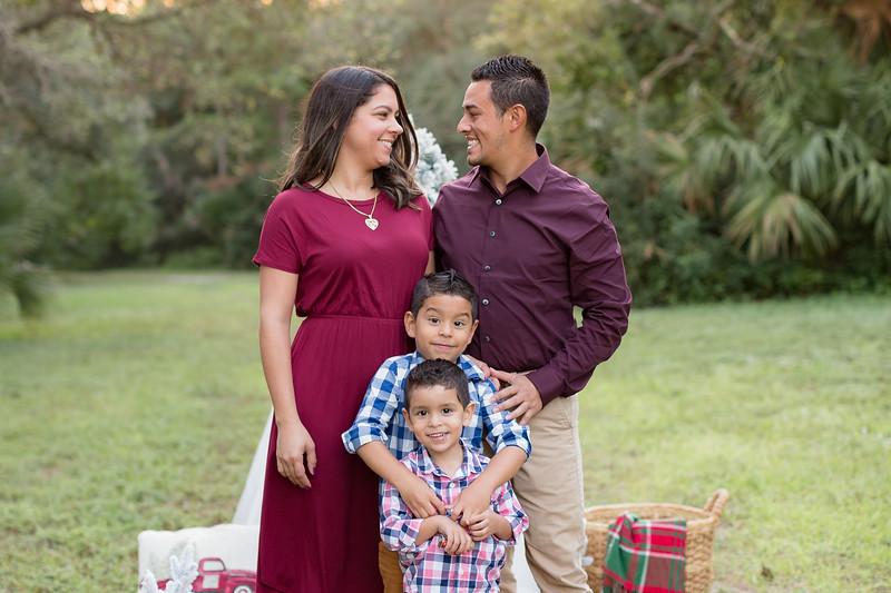 Ariza Family 2020-14.jpg