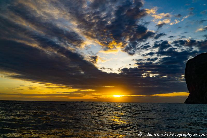 sunset_phi_phi-1.jpg