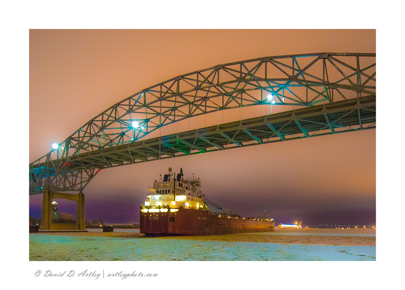 CSL Niagara passing under I-525 bridge Duluth, MN