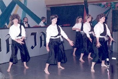 1985_02.jpg